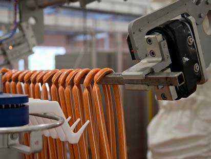 Handling pepperoni sausages with robotics